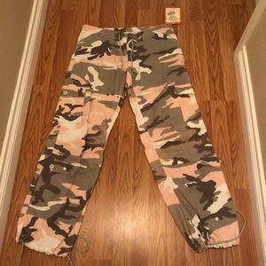Pants - *REDUCED* Rothco Camo Military Cargo Pants